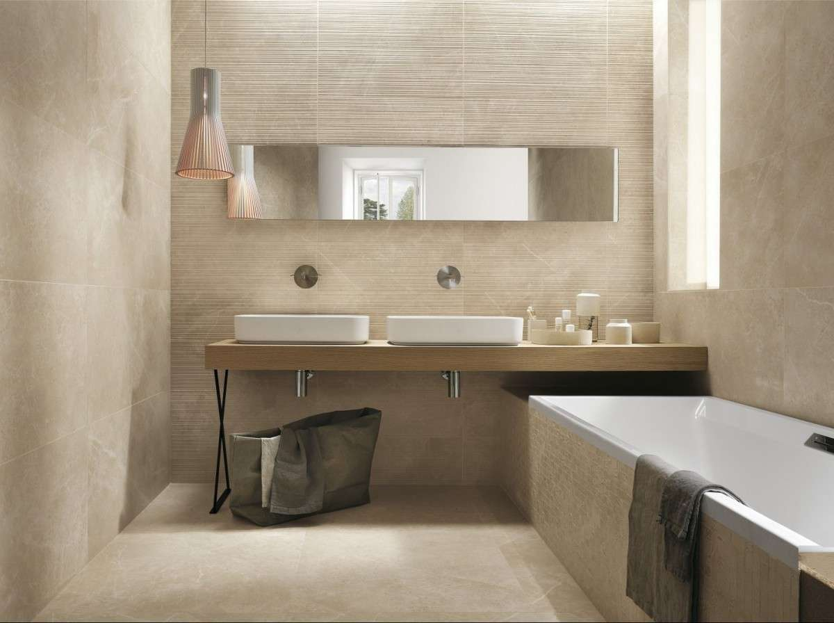 Wall Feature: Roma Pietra Filo (available in two sizes) / Wall: Roma Pietra (available in two sizes) / Floor: Roma Pietra Lux 600×600